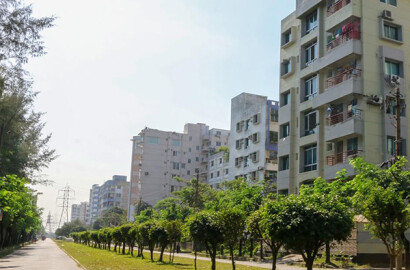 Plot For Sale at Bashundhara R/A | Affordable Plots by Floorfly.com